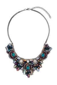 Rhinestone Cluster Bib Necklace: Multi €25,00