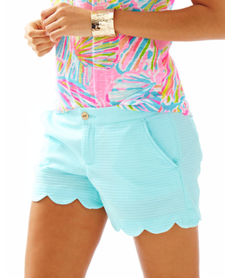 "Brand: Lilly Pulitzer. Name: 5"" BUTTERCUP SHORT. Color: Pool House Blue. Price: $64 which is € 55,40"