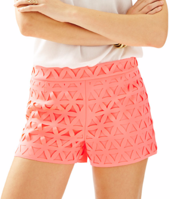 "Brand: Lilly Pulitzer. Name: 3"" LORNA SHORT. Color: Pink Sun Ray Daisy Laser Cut. Price: $98 which is €84,83"