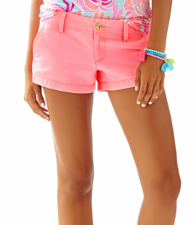 "Brand: Lilly Pulitzer. Name: 3"" WALSH SHORT. Color: Pink Sun Ray. Price: $60 which is € 51,94"